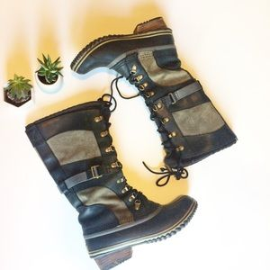 Sorel Conquest Carly Size 8 Boots